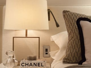London Townhouse Bedroom: modern Bedroom by Laura Sole Interiors