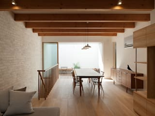 根來宏典建築研究所 Modern living room Tiles Wood effect