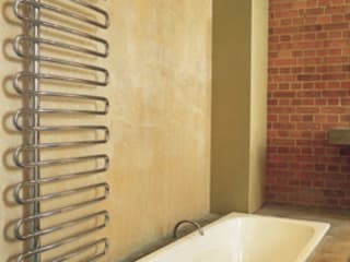 Radiators for small bathrooms Feature Radiators Salle de bain moderne