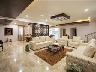 Hirawats House Modern corridor, hallway & stairs by ARK Architects & Interior Designers Modern
