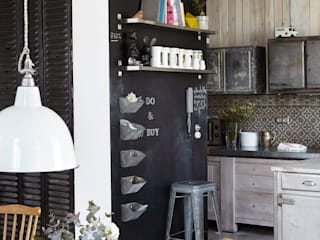 Industrial rivisitato: Cucina in stile  di Design for Love