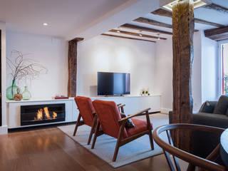 Salas de estilo moderno de Estibaliz Martín Interiorismo Moderno