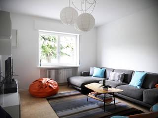 Casa Bobolo: Soggiorno in stile in stile Moderno di tiziano de cian