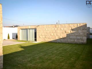 CASA RM_PÓVOA DE VARZIM_2013: Casas  por PFS-arquitectura