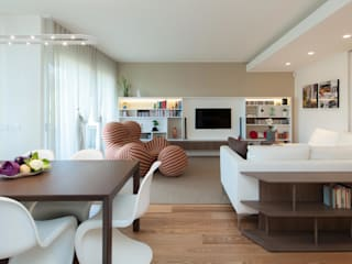 Living room by Studio Associato Casiraghi, Minimalist