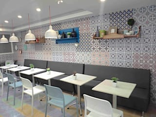 Restaurante Clinica La Misericordia Barranquilla Colombia: Clínicas de estilo  por AV arquitectos, Moderno