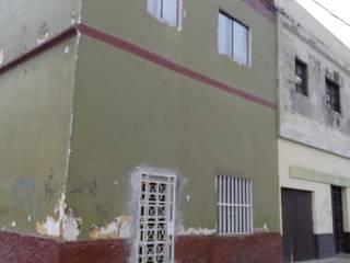 ANTES (FACHADA): Casas de estilo  por Kuro Design Studio