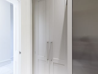 Woburn Sands – Haywood from the Audley In-frame collection in bespoke F&B Purbeck Stone 275 painted finish:   by Deseo,