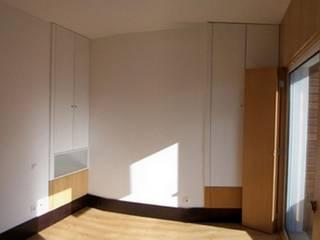 Mediterranean style bedroom by Arquitecto Aguiar Mediterranean