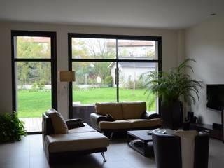 Pierre Bernard Création Living roomSide tables & trays