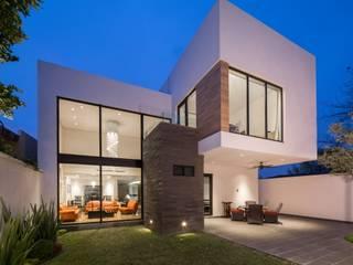 Minimalist houses by URBN Minimalist