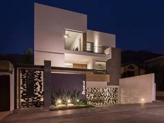 Casas  por URBN , Minimalista