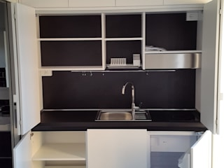 modern  by SIZEDESIGN SMART KITCHENS & LIVING , Modern