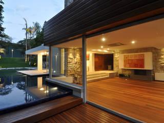 Stemmer Rodrigues Rumah Modern