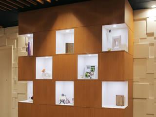 محلات تجارية تنفيذ Shinobu Koizumi Design Office,