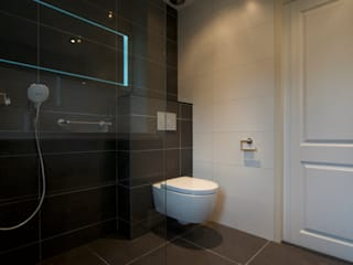 AGZ badkamers en sanitair Country style bathroom Tiles Brown