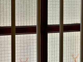 Classic style balcony, veranda & terrace by homify Classic Glass