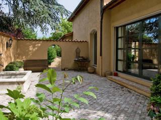 Pierre Bernard Création Balcones y terrazas de estilo mediterráneo