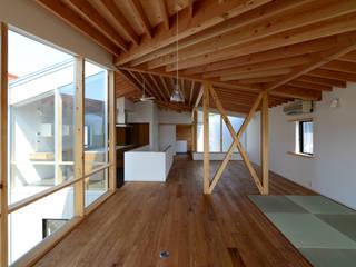 ミサキハウス モダンデザインの ダイニング の 丸山晴之建築事務所 モダン