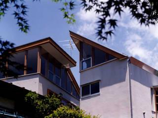 M1 House モダンな 家 の 創作工房・閾 モダン