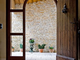 Wooden doors by Pierre Bernard Création,