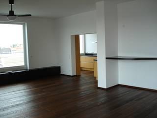 Wohnungssanierung Klassische Wohnzimmer von Schmidt Bauheimservice Klassisch