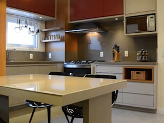 Cocinas modernas de Stúdio Márcio Verza Moderno