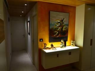 Corredores, halls e escadas ecléticos por Pierre Bernard Création Eclético