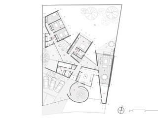 Casa_Bloques & Patios:  de estilo  por Swett Arquitectos