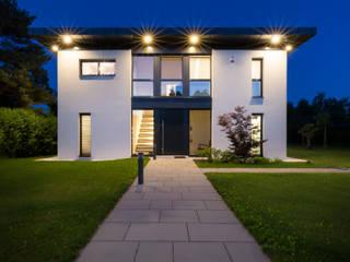 Maisons modernes par Atelier Fürtner-Tonn Moderne