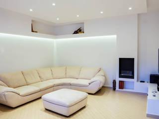 Livings de estilo minimalista de Luca Bucciantini Architettura d' interni Minimalista