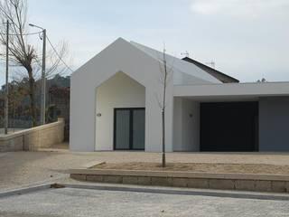 Capela e Salas de Catequese Borba por Engebasto - Atividades de Engenharia e Arquitetura, Lda
