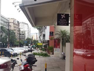 Galerías y espacios comerciales de estilo moderno de Expace - espaços e experiências Moderno