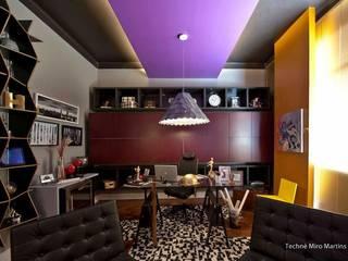 Escritórios e Espaços de trabalho  por Jacqueline Fumagalli Arquitetura & Design