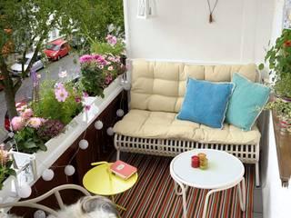 Modern balcony, veranda & terrace by DIE BALKONGESTALTER Modern