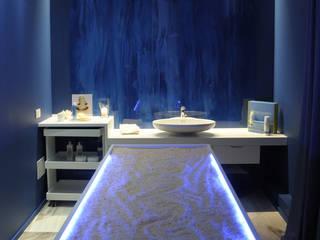 Cabina acqua: Spa in stile  di Silvana Barbato, StudioAtelier