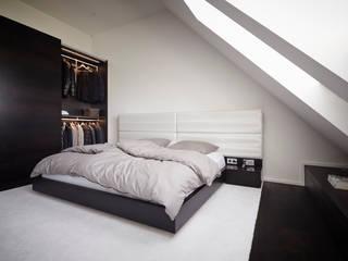 Projekty,  Sypialnia zaprojektowane przez Bauer Schranksysteme GmbH