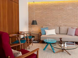 Livings de estilo moderno de Ambienta Arquitetura Moderno