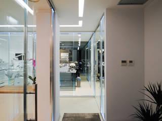 by MCArc Laboratorio di architettura sostenibile Мінімалістичний