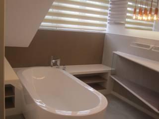 Bad am Bodensee Moderne Badezimmer von STYLE-interior design, Ganal + Sloma Modern