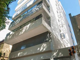 EDIFÍCIO GIO PONTI | Tijuca - Rio de Janeiro Casas modernas por Tato Bittencourt Arquitetos Associados Moderno