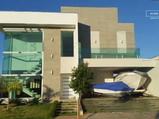 Casas de estilo  por Aline Monteiro