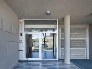 Rumah Modern Oleh Arcadia Arquitectura Modern