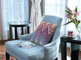 Apartament na Powiślu: styl , w kategorii Salon zaprojektowany przez HOLART STUDIO