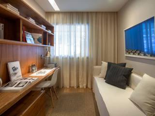 Apartamento decorado RJZ - Salon moderne par Gisele Taranto Arquitetura Moderne