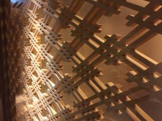 組子間仕切り: 大谷建具技巧が手掛けた和室です。