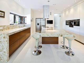 Kuchnia - Podkowa Leśna: styl , w kategorii Kuchnia zaprojektowany przez EBANO kuchnie i wnętrza