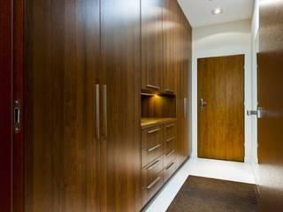Kuchnia - Podkowa Leśna: styl , w kategorii Korytarz, przedpokój zaprojektowany przez EBANO kuchnie i wnętrza