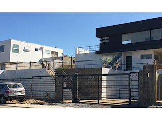Casas modernas por Herman Araya Arquitecto y constructor Moderno