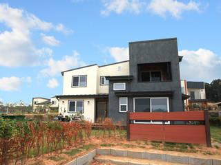 Houses by 지성하우징, Modern